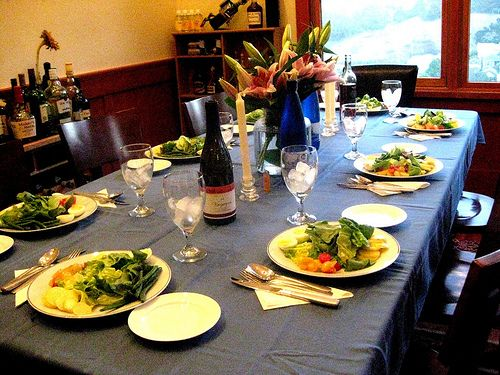 4 Easy Tips to Hosting the Perfect Dinner Party